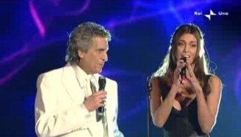 Sanremo 2010, terza serata: Belen Rodriguez affianca Toto Cutugno
