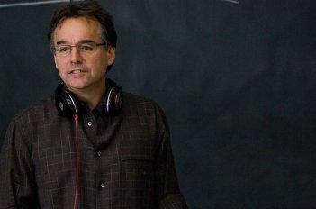Il regista Chris Columbus sul set del film Percy Jackson e gli dei dell'Olimpo: Il ladro di fulmini