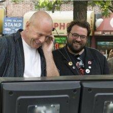 Bruce Willis e il regista Kevin Smith sul set di Cop Out