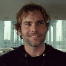Seann William Scott in un'immagine tratta dal film Cop Out