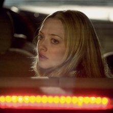 Amanda Seyfried in una scena del film Chloe