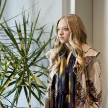 Amanda Seyfried nel ruolo della protagonista del film Chloe