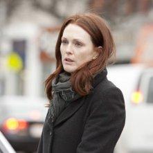 Julianne Moore nel ruolo di Catherine nel film Chloe