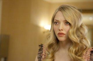Primo piano di Amanda Seyfried, protagonista del film Chloe