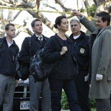 La squadra sulla scena del crimine nell'episodio Mother's Day di Navy NCIS