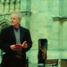 André Dussollier in una scena del film Gli amori folli