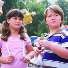 Ella Bleu Travolta e Conner Rayburn, i piccoli protagonisti del film Daddy Sitter