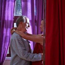 Luigi Diberti e Maddalena Crippa in una scena del film In carne e ossa