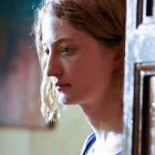 Primo piano di Alba Rohrwacher, protagonista del film In carne e ossa