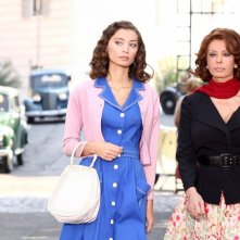 Sophia Loren e Margareth Madè in una scena della fiction La mia casa è piena di specchi