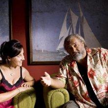 Carla Signoris e Diego Abatantuono in un'immagine del film Happy Family