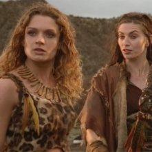"""Danielle Cormack & Claudia Black nell\'episodio \""""Lifeblood\"""" della serie Xena"""