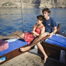 Dario Castiglio e Martina Codecasa in un'immagine del film Sul mare