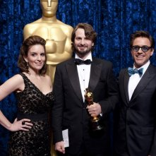Oscar 2010, Mark Boal nel backstage con Tina Fey e Robert Downey, Jr.