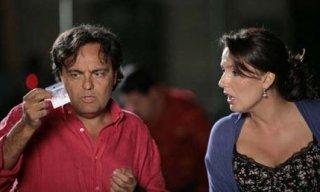 Veronica Mazza e Eduardo Tartaglia sono i protagonisti della commedia La valigia sul letto