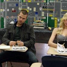 Chris O'Donnell e Helena Mattsson in una scena dell'episodio Full Throttle di NCIS: Los Angeles