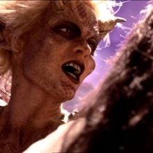 Hudson Leick in una scena di Xena nell\'episodio Fallen angel