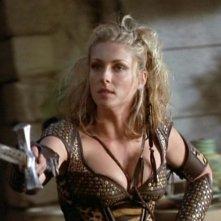 Jenya Lano in una scena di Xena nell\'episodio Succession