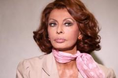 La diva Sophia Loren protagonista de La mia casa è piena di specchi