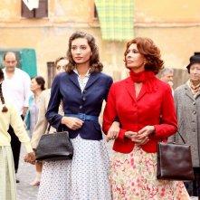 Sophia Loren e Margareth Madè in un momento della fiction La mia casa è piena di specchi