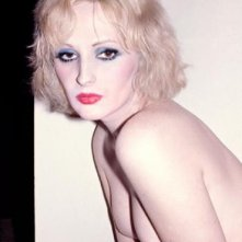 Candy Darling, in una posa sexy