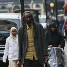 Sotigui Kouyate in un'immagine del film London River