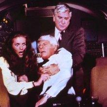 Julie Hagerty, Leslie Nielsen, Peter Graves nell'equipaggio dell'Aereo più pazzo del mondo