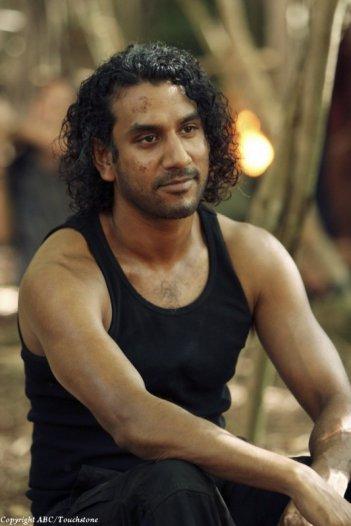 Naveen Andrews nell'episodio Recon di Lost