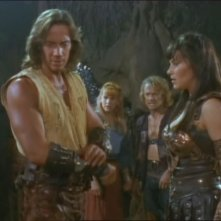 Kevin Sorbo, Lucy Lawless, Renee O\'Connor e Michael Hurst in Prometheus, episodio di Xena.