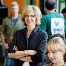 La regista Nancy Meyers sul set del suo film E' complicato