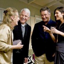 Meryl Streep, Steve Martin, Alec Baldwin e Lake Bell in una scena del film E' complicato