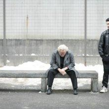 Niels Arestrup e Tahar Rahim, compagni di sventura nel film Il profeta (2009)