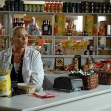 Barbara De Rossi in un momento della fiction Fratelli Benvenuti