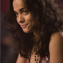 Alice Braga in un'immagine del film Repo Men
