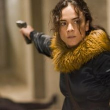 Alice Braga in una scena del film Repo Men