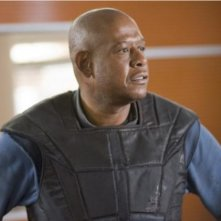 Forest Whitaker in una scena del film Repo Men