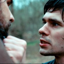 Ben Whishaw in una sequenza del film Bright Star