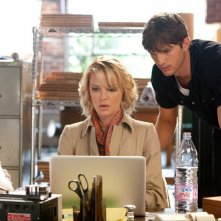 Jen (Katherine Heigl) e Spencer (Ashton Kutcher) in una sequenza del film Killers