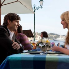 La coppia protagonista: Spencer (Ashton Kutcher) e Jen (Katherine Heigl) nel film Killers
