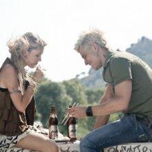 Cecilia Albertini con Andrea Montovoli in una scena di Piazza Giochi