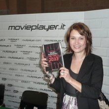 Fantasy Horror Award 2010: l'attrice Kristina Klebe davanti allo stand di Movieplayer.it