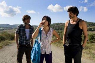 Paolo Briguglia, Claudia Potenza e Alessandro Gassman in una scena di Basilicata Coast to Coast