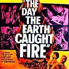 La locandina di ...e la Terra prese fuoco