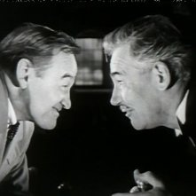 Barry Fitzgerald e Walter Huston in una scena del film Dieci piccoli indiani
