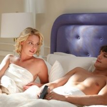 Katherine Heigl e Ashton Kutcher a letto insieme in una sequenza del film Killers