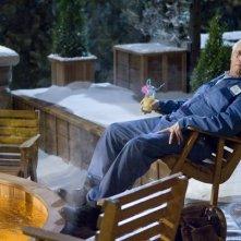 Chevy Chase in una scena di Hot Tub Time Machine