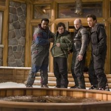 John Cusack, Clark Duke, Craig Robinson e Rob Corddry in una scena di Hot Tub Time Machine