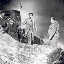 Alfred Hitchcock, Robert Donat e Madeleine Carroll sul set de Il club dei trentanove