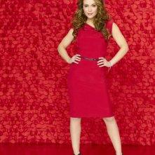 Alyssa Milano è Rebecca Thomas in una immagine promozionale della serie Romantically Challenged