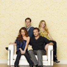 Il cast di Romantically Challenged in una foto promozionale della serie